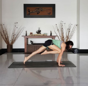 yoga core strengthening exercises a simple guide to core